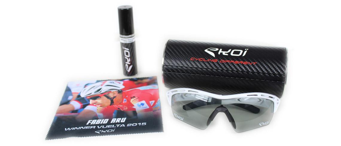 Boitier rangement lunettes protection en carbone